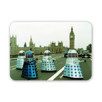 Doctor Who – The Daleks invade London – Mouse Mat Art247 Highest Quality Natural Rubber Mouse Mats – Mouse Mat
